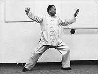 Il Maestro Chang Dsu Yao esegue Tanpien